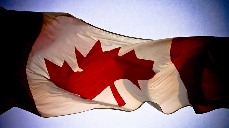 Bandeira do Canada - Creative Commons - 800x477px