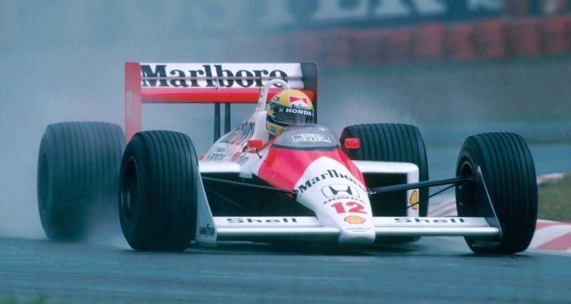 McLaren de Ayrton Senna com logo da Honda estampada
